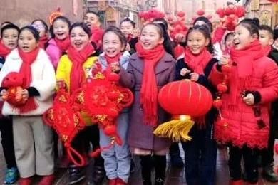 红红火火迎新春 ——探访年味渐浓的喀什街头