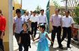 在沪全国人大代表调研组赴喀考察