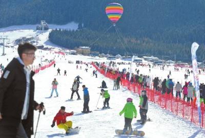 《中国冰雪旅游消费大数据报告(2019)》发布十大目的地 乌鲁木