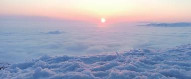 阿勒泰云海奇观 云山雾罩似仙境