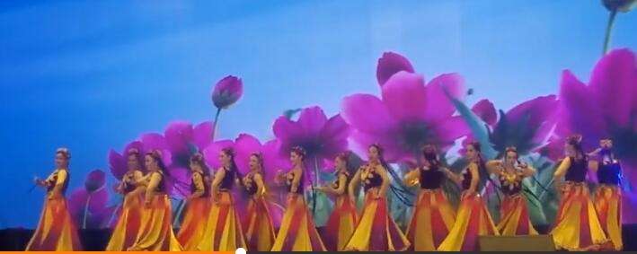 这些花一样的姑娘,很多都是我这样的学员,为你们骄傲