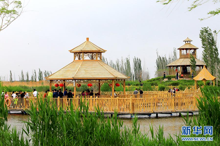 新疆博斯腾湖迎来旅游热大话西游攻略免费版地宫图片