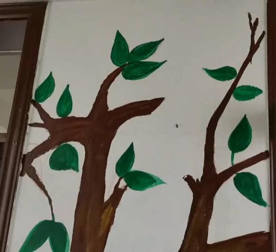 这是我们学生自己画的