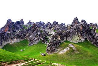 新疆布爾津:奇俊秀美的伊列克石林