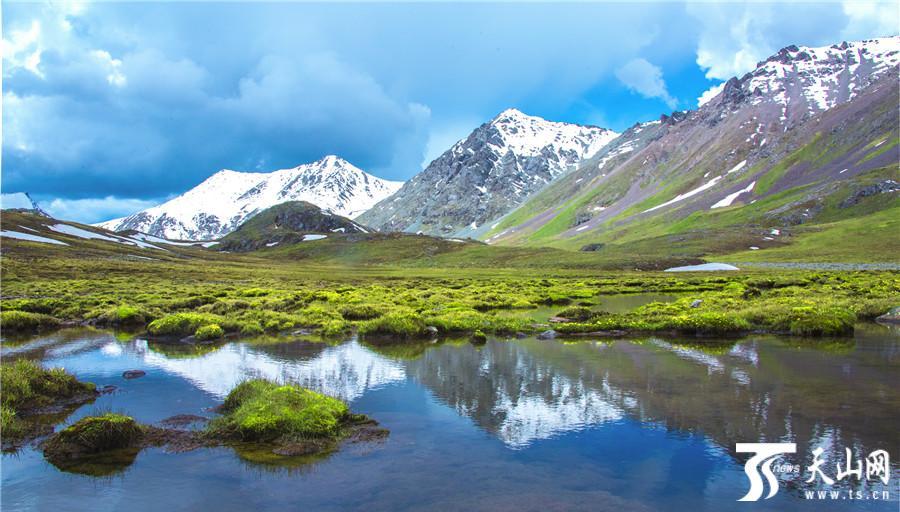 【高清组图】隐藏在深山中如诗如画的那拉提冰湖