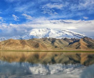 【新疆是个好地方】帕米尔高原风景如画引客来