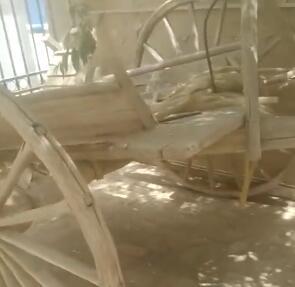 这是当初库尔班吐鲁木的架子车