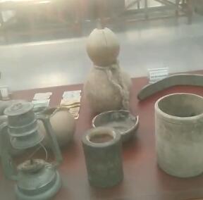 这些都是库尔班大叔曾经用过的工具