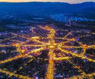 新疆:愈夜愈美丽
