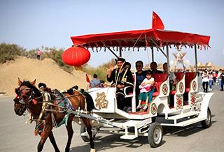 黄金周:新疆接待国内游客1247余万人次