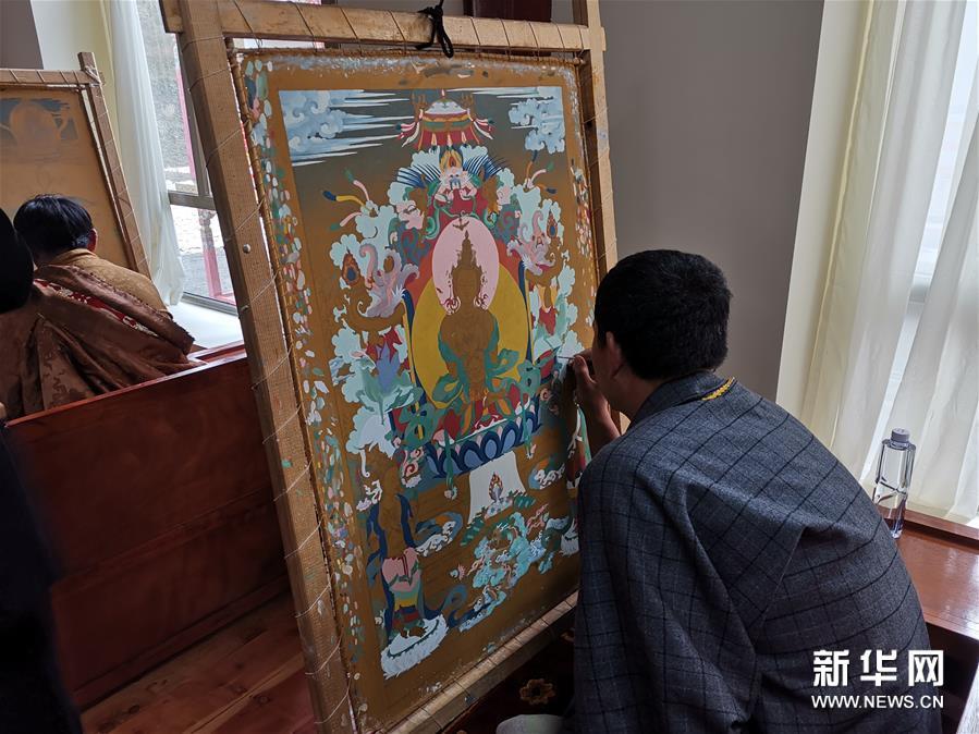 (图文互动)(1)寻访暮秋藏乡里的唐卡画师