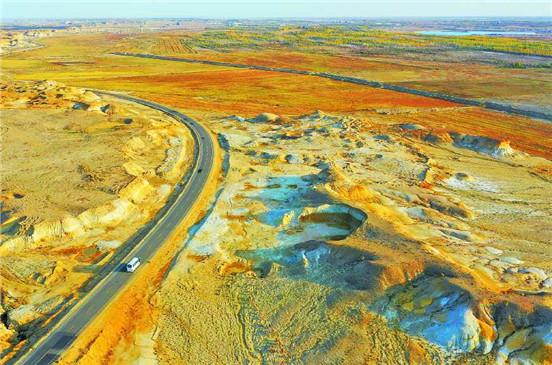 【新疆是个好地方】阿勒泰地区完善旅游道路网络