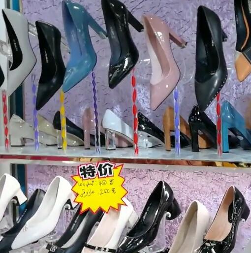 这些鞋子我都想要
