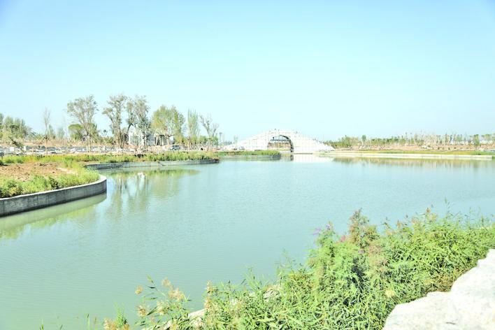 阿克苏市城区内环水系实现试通水