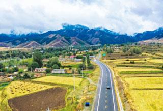 吉木萨尔县大有镇渭户沟村的好风光