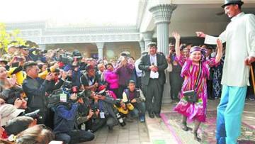 喀什丝路文化胡杨节