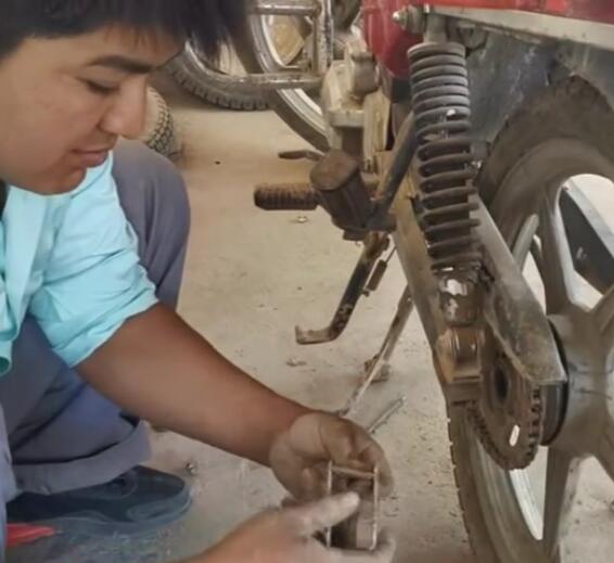 摩托车也能修