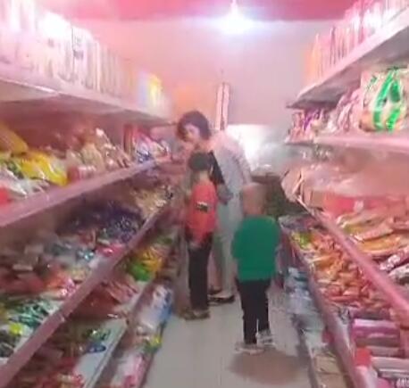 再乃普结业后开了一家超市,有稳定收入