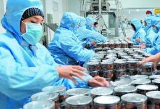 """新疆农产品购销""""两张网""""形成框架"""