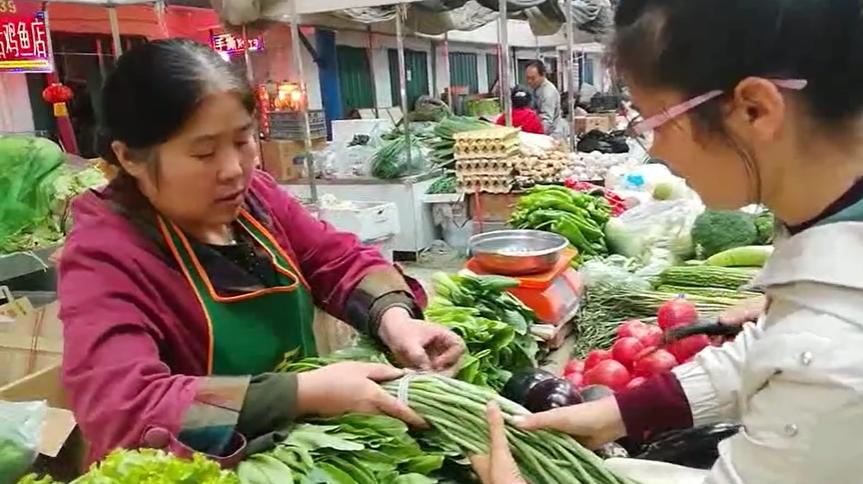 去菜市场买个菜