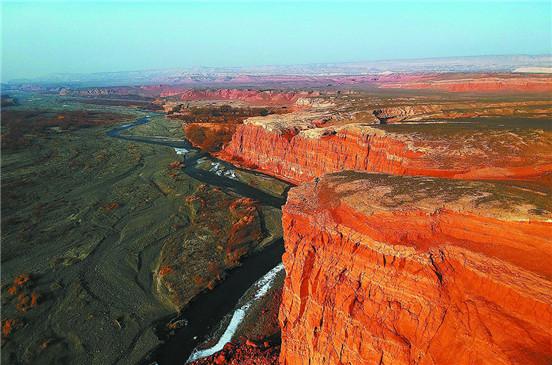 【新疆是个好地方】红河谷风景如画