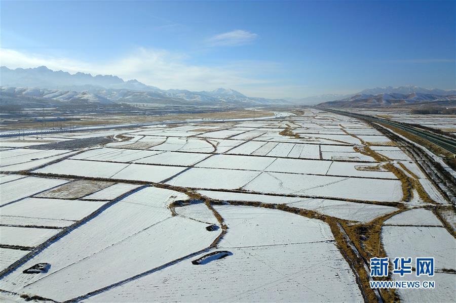 (美丽中国)(1)祁连山下冬景如画