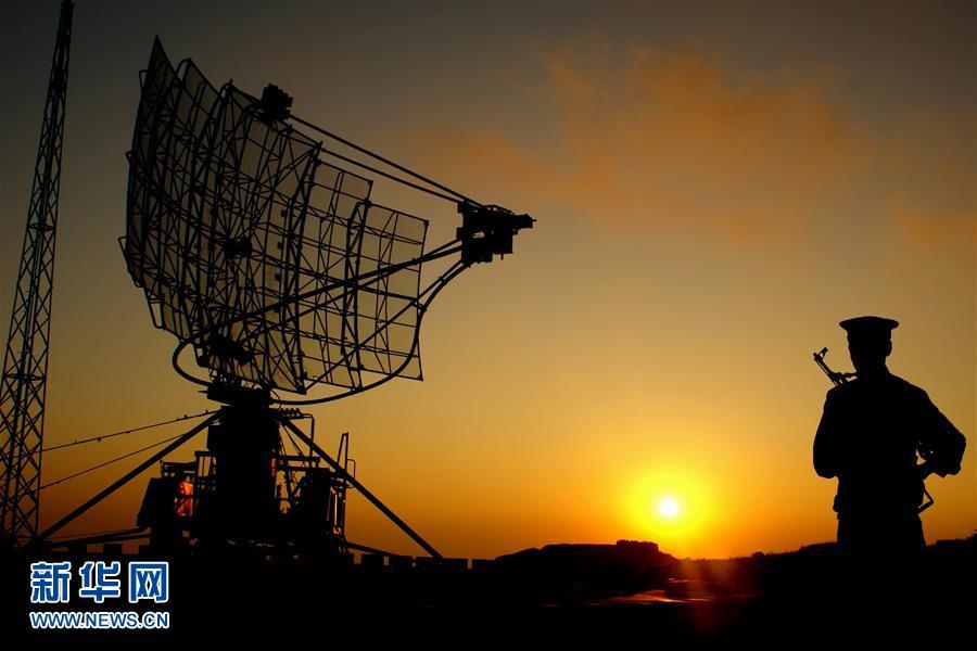 人民空军雷达兵70年建设发展巡礼
