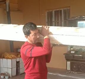 今天加了不少木料,又能挣不少钱
