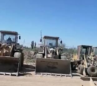 铲车管子漏油