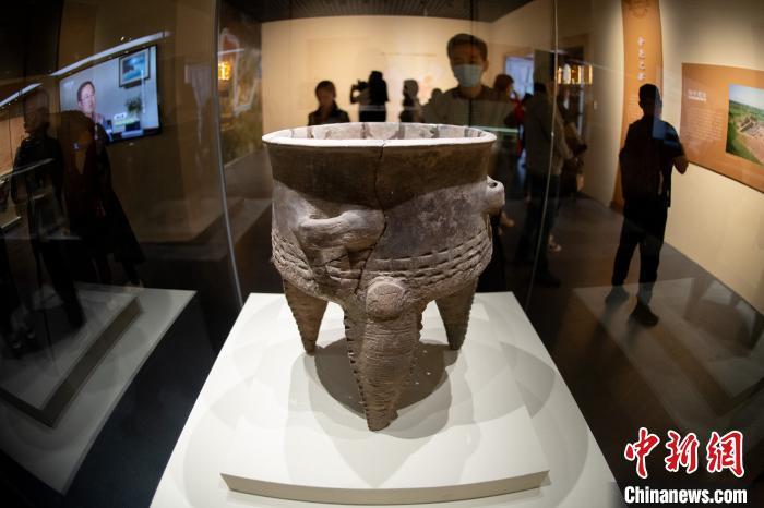"""中国两大史前遗址""""合体""""展示4000年前中国早期文明"""