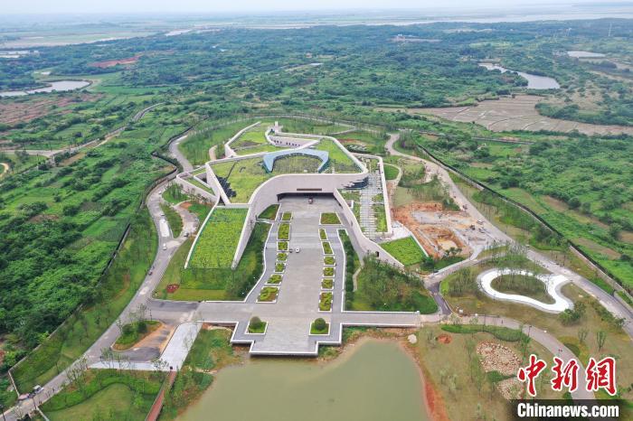 图为正在建设中的南昌汉代海昏侯国遗址公园。(2020年6月28日拍摄) 刘占昆 摄