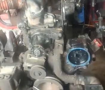 原来是喷油嘴和油泵坏了