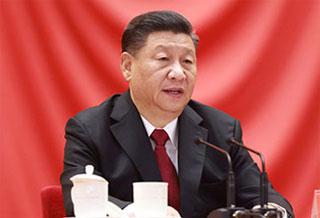 习近平出席全国劳动模范和先进工作者表彰大会