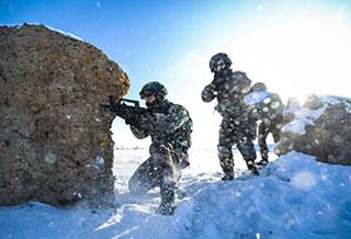 酷!武警新疆总队特战队员-20℃训练