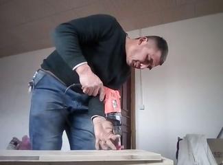 开始准备木雕工作了