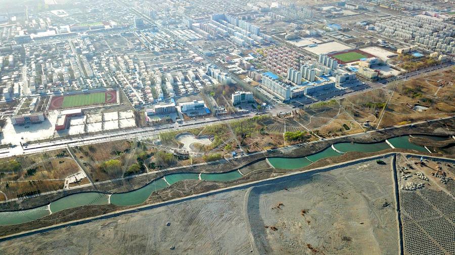 【图说新疆】新疆和硕:引水造景 打造生态绿城