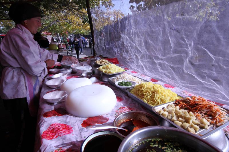 这里是新疆 | 味蕾盛宴之和田美食街