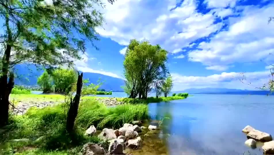 这里是新疆   夏季开都河醉人美景