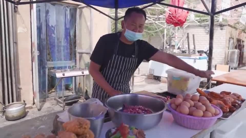 这里是新疆丨新疆味道之路边清汤面
