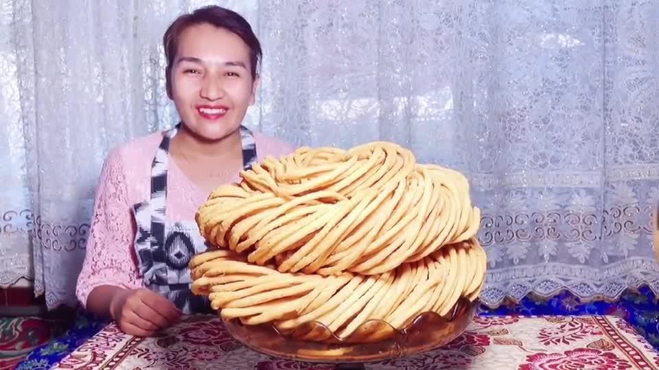 这里是新疆丨美味炸馓子